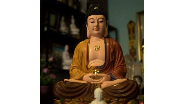 Đi lễ chùa, cần biết Phật, biết tượng để cầu xin toại nguyện
