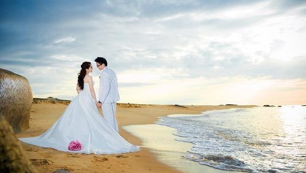 """Phàm ở đời, tình vợ - chồng đều không thể tránh khỏi hai chữ """"nợ - duyên"""""""