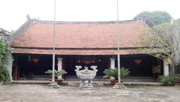 Di tích lịch sử đền Mây