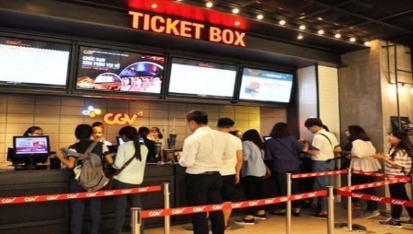 Khán giả mua vé xem phim Tết khá thưa thớt