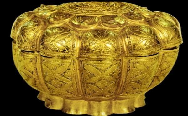 Tiết lộ về 5 bảo vật quốc gia trong bảo tàng đất Mỏ