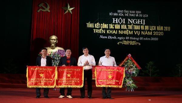 """Nam Định đánh thức tiềm năng du lịch còn """"ngủ quên""""?"""
