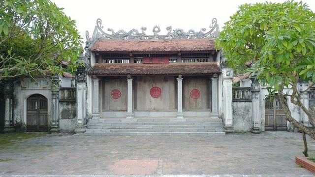 Chiêm bái chùa Bà Đanh