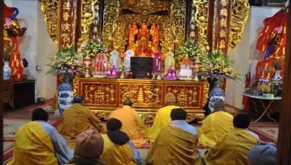 Lễ hô thần nhập tượng chùa Linh Quang (Hà Nội)