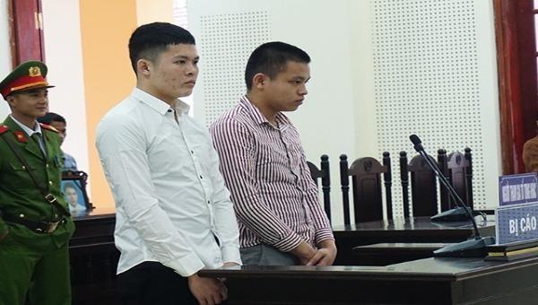 Hai bị cáo bị tuyên phạt tổng cộng 32 năm tù