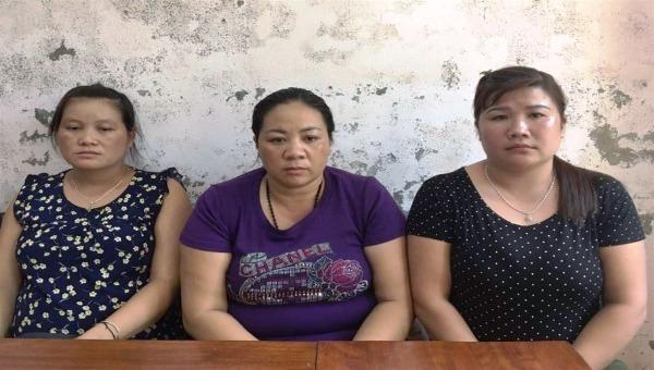 Các bị cáo Ốc Thị Phòng, Vi Thị Ba và Kha Thị Thiềm khi mới bị bắt