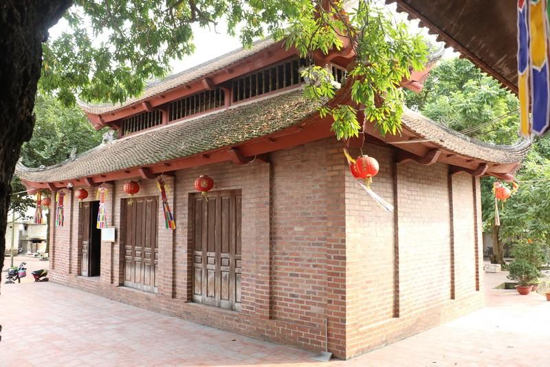 Truyền thuyết về ngôi chùa biết bay được xây dựng theo phác thảo trong mơ