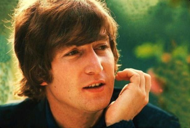 Số phận kỳ lạ của ngôi sao âm nhạc Jonh Lennon