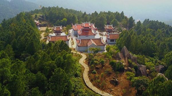 Người có duyên với đất Phật đưa cáp treo về chùa Hương Hà Tĩnh