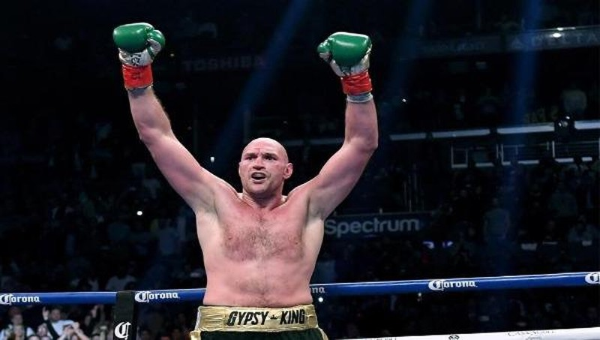 Tyson Fury - Đứa trẻ sinh non trở thành vô địch quyền anh hạng nặng thế giới