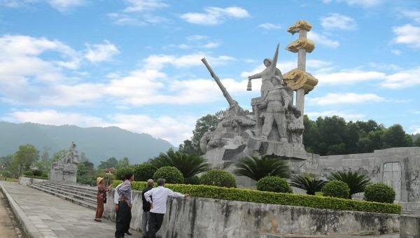 """Tọa độ lửa Truông Bồn –""""Địa chỉ đỏ"""" giáo dục truyền thống"""