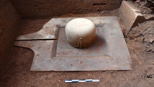 Cận cảnh linh vật Linga - Yoni liền khối thế kỷ IX lớn nhất Việt Nam mới được phát hiện