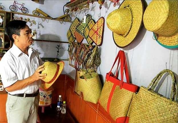 Mộc mạc làng nghề đệm bàng Phò Trạch