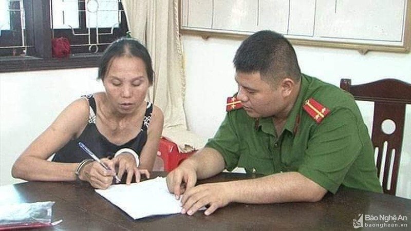 Người đàn bà 11 lần xộ khám vì trộm cắp