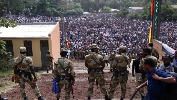 Biển người biểu tình ở Ethiopia sau vụ ca sĩ Hachalu Hundessa bị bắn chết đêm 28/6.
