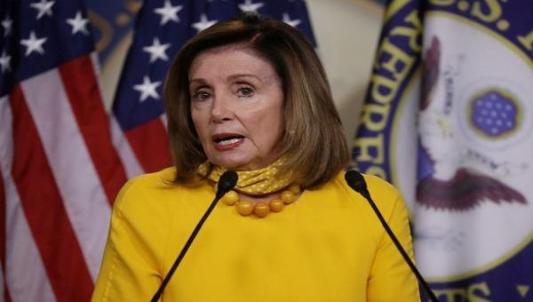 Chủ tịch Hạ viện Mỹ Nancy Pelosi chỉ trích luật an ninh mới của Trung Quốc áp dụng cho Hong Kong.