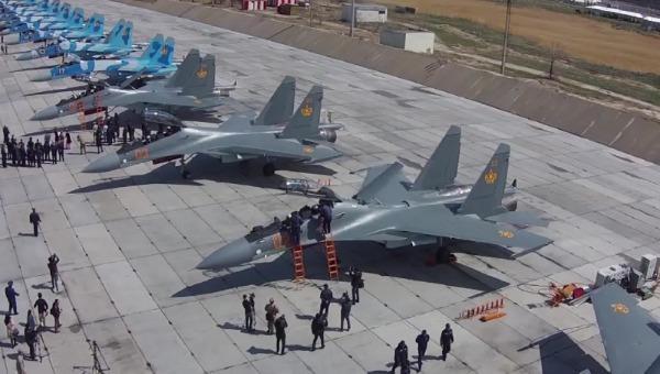 Su-30SM là máy bay chính của không quân hải quân Nga.