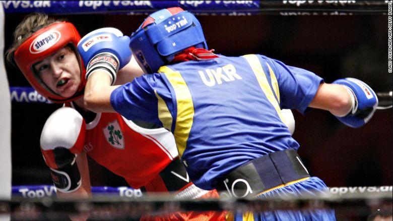 Chiến binh bất bại  Katie Taylor trong một trận đấu.