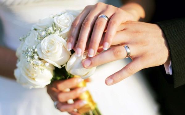 Chồng sắp cưới bị tạm giam, tôi xin làm thủ tục đăng ký kết hôn vắng mặt anh ấy có được không?