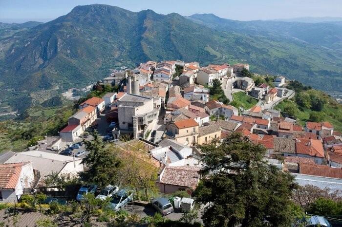 Thị trấn Colobraro xinh đẹp và bí ẩn.