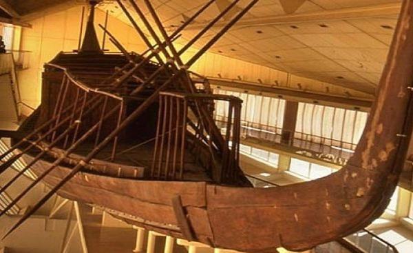 Thuyền Khufu – một chiếc thuyền có kích thước nguyên vẹn từ Ai Cập cổ đại.