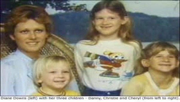 Diane và các con (từ trái qua phải): Danny, Cheryl, Christie