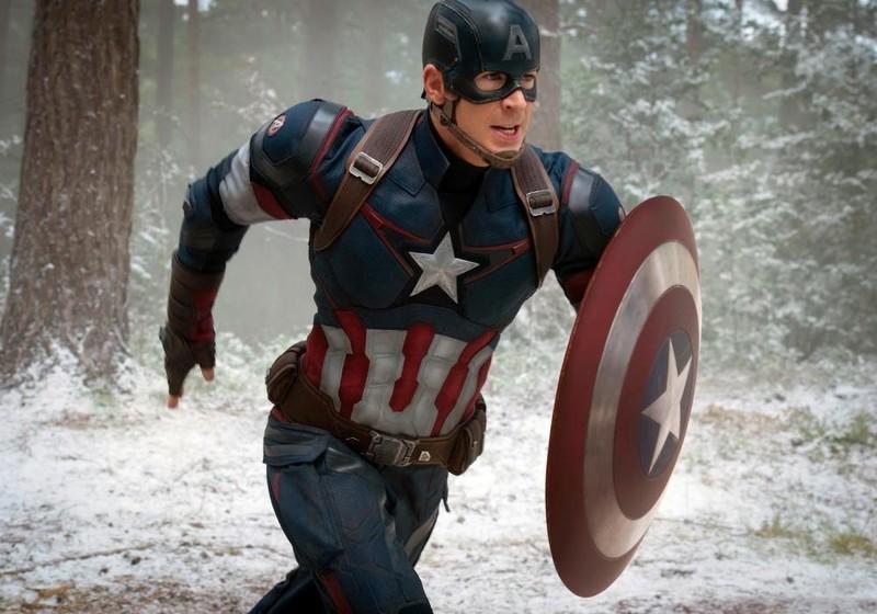 Chris trong tạo hình nhân vật Captain America.