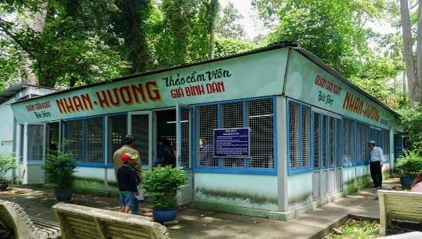 Quán Nhan Hương được phục dựng lại và làm điểm du lịch trong Thảo Cầm Viên.