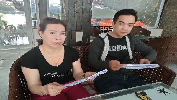 """Trình bày sự việc, bà Nguyễn Thị Lan và ông Bùi Quốc Ngỡi tự nhận họ là những """"người bị hại"""" trong vụ cho ông Trần Chí Nhân vay tiền."""