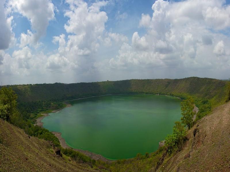 Hồ Lonar.