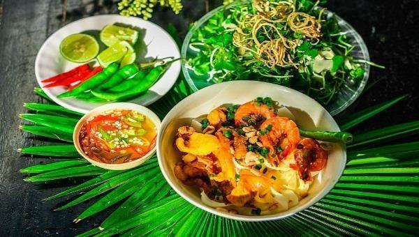 Đượm tình quê hương trong món ngon mì Quảng (ảnh internet).