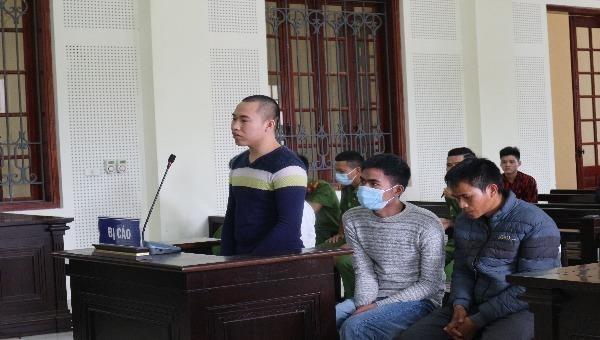 Bị cáo Lữ Văn Chương lĩnh 11 năm tù vì mua bán trẻ em.