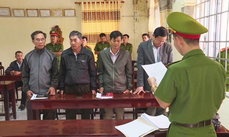 Đắk Lắk: Để rừng bị tàn phá, giám đốc công ty lâm nghiệp cùng nhiều thuộc cấp bị khởi tố, bắt tạm giam