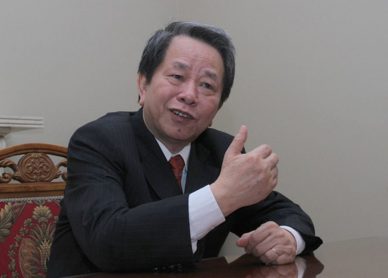 Luật sư, Nhà nghiên cứu Nguyễn Trần Bạt.
