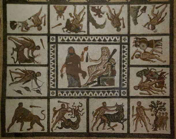 12 kỳ công phi thường của Á thần Heracles