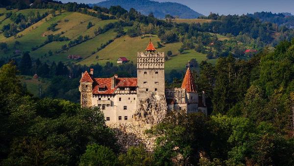 Khám phá những câu chuyện lạnh gáy ở Lâu đài Bran