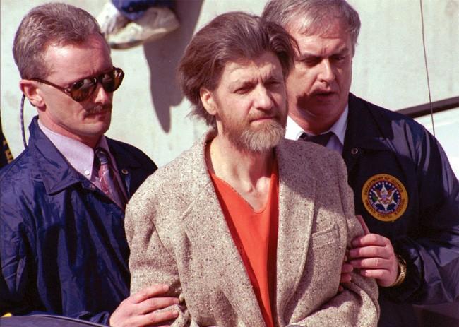 Từ năm 1978 -1995, Kaczynski đã tiến hành đánh bom thư trên toàn quốc.