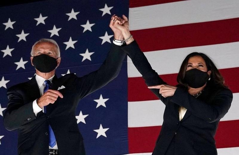 Ông Joe Biden (trái) và bà Kamala Harris.