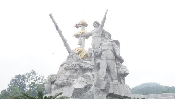 """Xanh lại """"tọa độ lửa"""" Truông Bồn"""