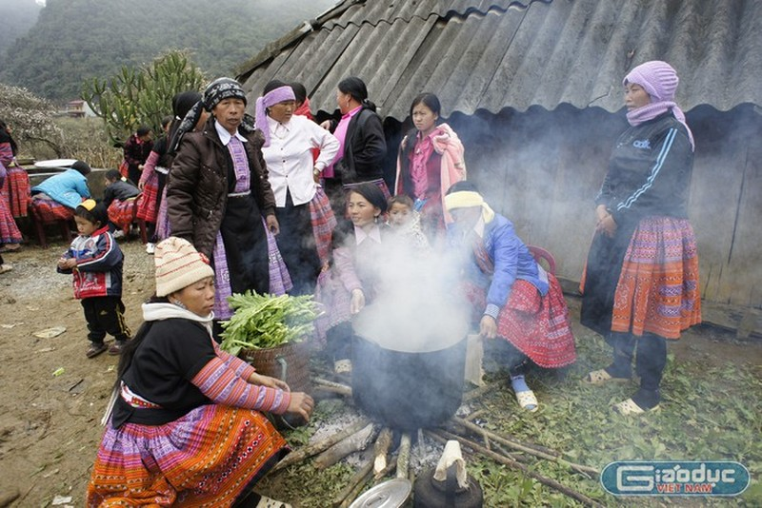Tết cổ truyền của người Mông trong cuộc sống hiện đại