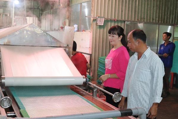Cơ sở bánh tráng Tài Lộc – Đặc sản xứ Phú Hòa Đông