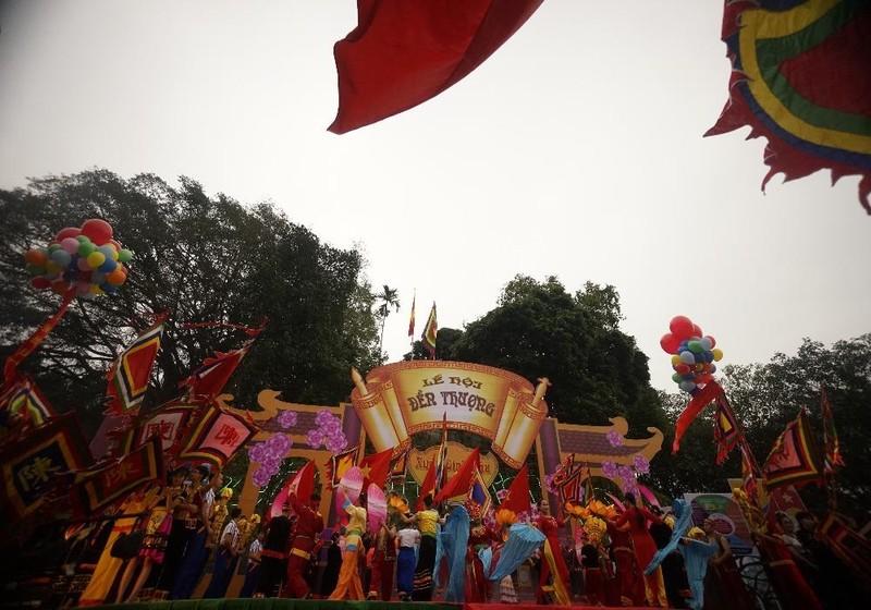 Lễ hội đền Thượng.