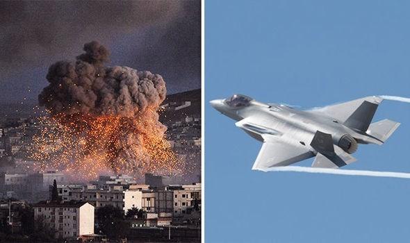 Máy bay chiến đấu Mỹ không kích Syria. (Ảnh tư liệu: Daily Express).