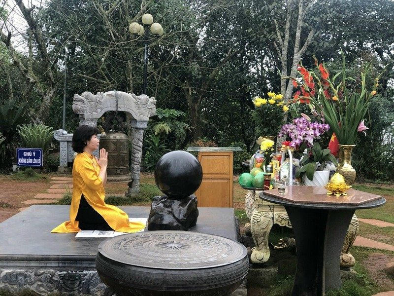 Chiêm bái Khu di tích lịch sử Quốc gia có huyệt đạo linh thiêng bậc nhất nước Việt