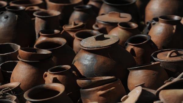 Lắt lay nghề gốm truyền thống của đồng bào Chu Ru