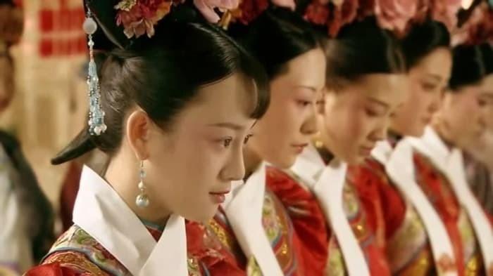Trung Hoa bí sử: Vị cung nữ duy nhất được Hoàng đế Khang Hy cả đời kính nể, khi qua đời để tang, xây lăng mộ là ai?