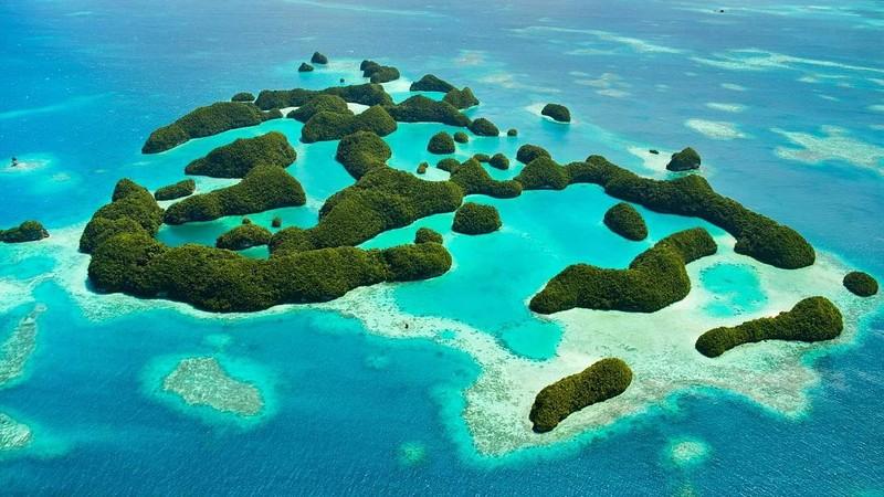 Đảo quốc Palau có 25% diện tích đất liền nằm trên biển.