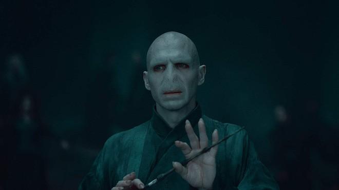 Tài tử điển trai tạo nên hình tượng ác nhân Voldemort không thể thay thế