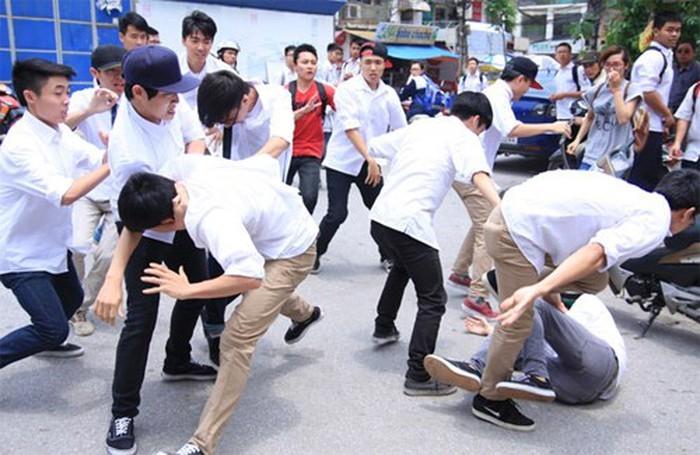 Đi tìm lời giải cho vấn đề bạo lực ở lứa tuổi chưa thành niên
