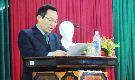 Ông Võ Khánh Bình – Giám đốc Bảo hiểm xã hội Thừa Thiên Huế phát biểu tại buổi họp báo.